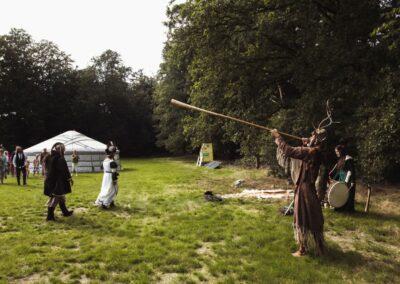 ceremonieel huwelijk huwelijksceremonie handfasting bronwereld philip van der zee middeleeuws viking keltisch indiaans sjamanistisch prehistorisch huwelijkceremonies