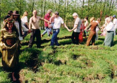 ceremonieel huwelijk huwelijksceremonie handfasting bronwereld philip van der zee middeleeuws viking keltisch indiaans sjamanistisch prehistorisch huwelijkceremonies 6