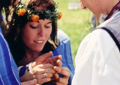 ceremonieel huwelijk  huwelijksceremonie handfasting bronwereld philip van der zee middeleeuws viking keltisch indiaans sjamanistisch prehistorisch huwelijkceremonies 7